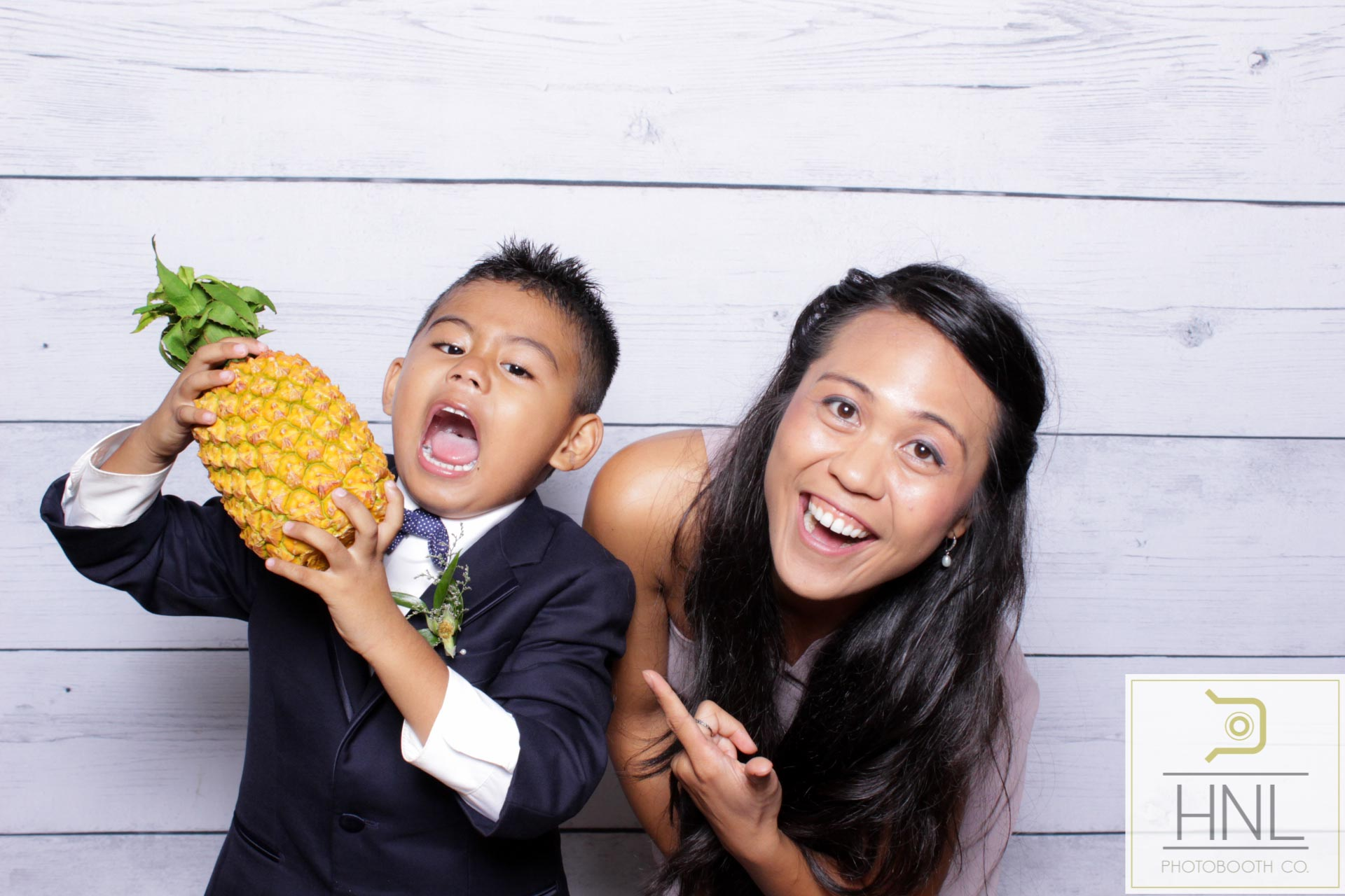 Ryea and Marco Wedding Sunset Ranch Oahu Honolulu Hawaii (128 of 308).jpg