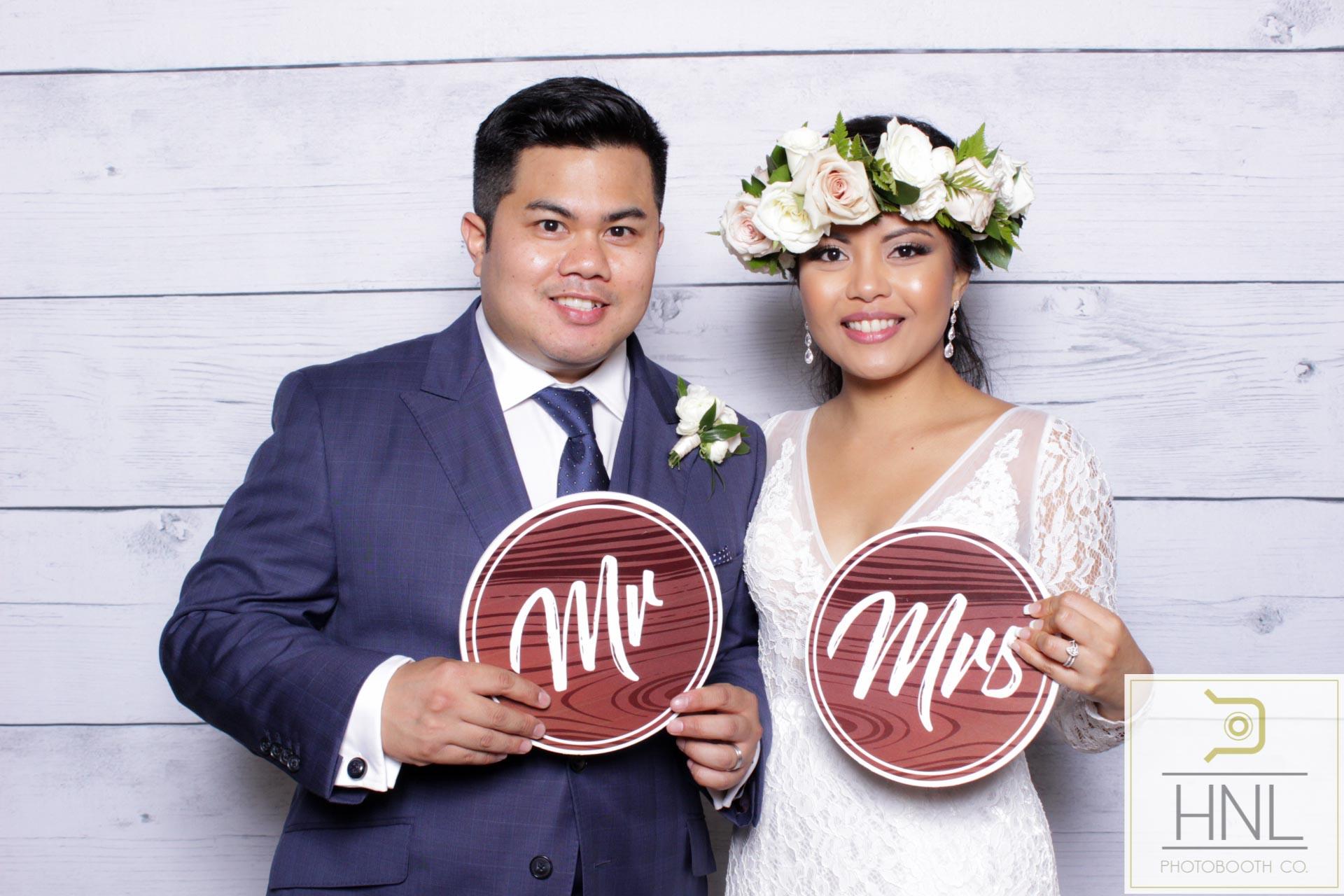 Ryea and Marco Wedding Sunset Ranch Oahu Honolulu Hawaii (149 of 308).jpg