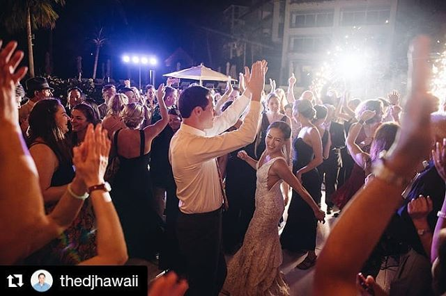 Amazing photo!  #Repost from Tony  @thedjhawaii ・・・ Four Seasons Oahu Wedding with The DJ Hawaii Tony So. @fsoahu @derekwongphotography @luciaevents @pacificpartyrentals @hnlphotoboothco @jeremy.music @cjsiepka_stylist @thedjhawaii @flowergirlshawaii @theweddinglinenco @tmhonda @amandabelton . . . . . #hawaiiwedding #fourseasonsoahu #fourseasonswedding #fourseasonsdj #hawaiiweddingdj #hawaiiweddingdjs #hawaiiweddingdjtonyso #djtonyso #hawaiiweddingphotographer #hawaiiweddingplanner #djhawaii #hawaiidj #hawaiidjs #destinationwedding #destinationweddingdj #hawaiieventdj #hawaiidmc #alytothemax #hawaiidjlife #djlife