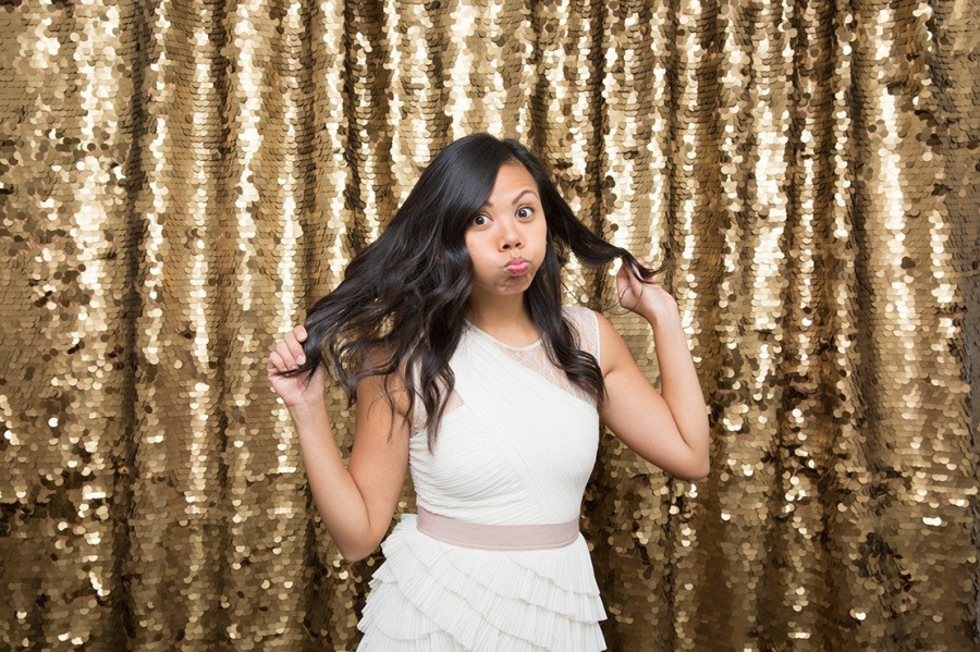 9 WAYS TO GET PHOTO BOOTHS RIGHT - It's official, party photo booths are popping up everywhere in Hawaii.Learn how to prevent your photo booth experience from becoming a disaster!