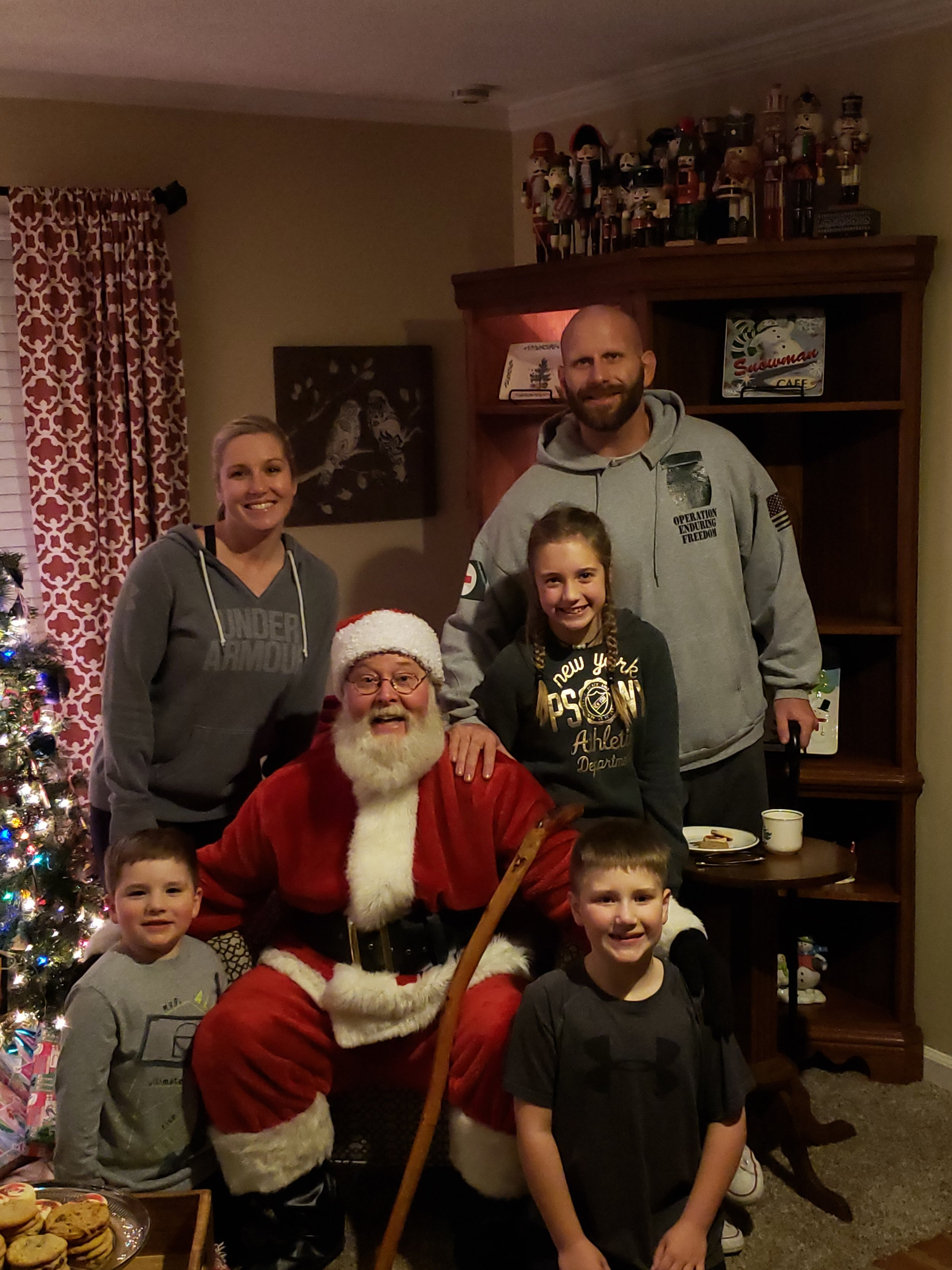 jeremy family pic.jpg