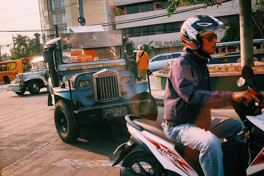 In the hustle of Metro Manila. Heat, smog and Uncle F's driving skills. Every thing and every one is in motion.