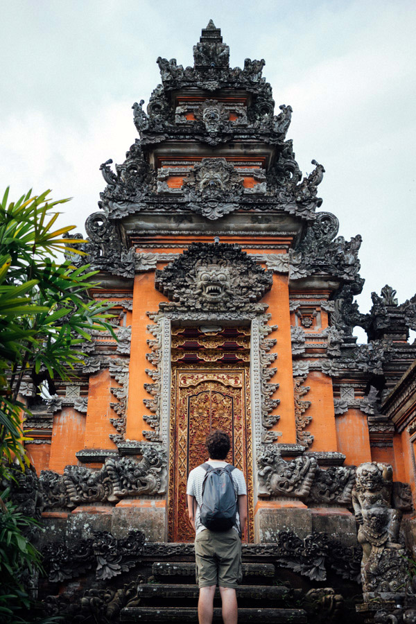 Mesmerized by the beauty of the Saraswati Temple, a place we weren't looking for, but serendipitously stumbled upon in the center of Ubud.