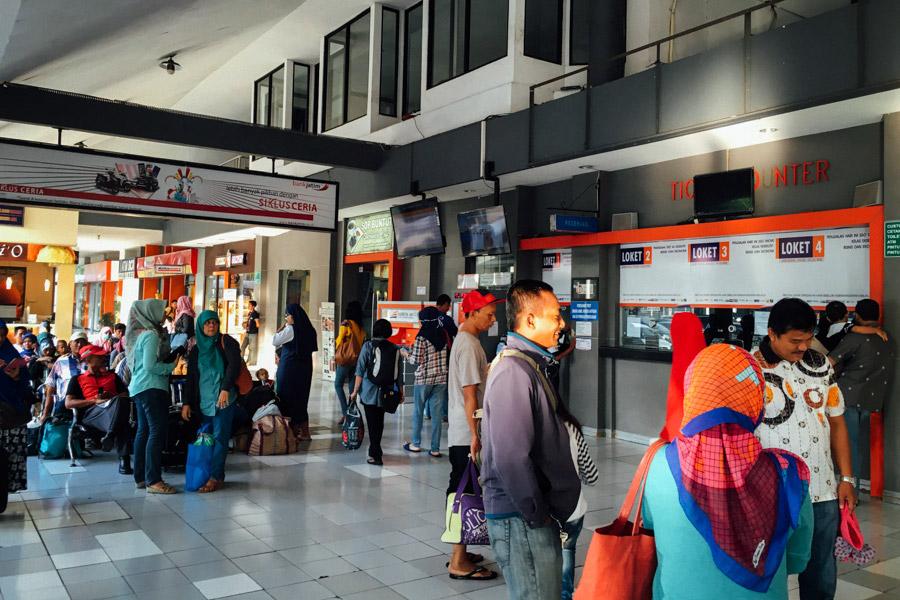 Madelene-Farin-Indonesia-0463.jpg