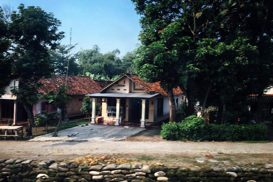 Madelene-Farin-Indonesia-0465.jpg