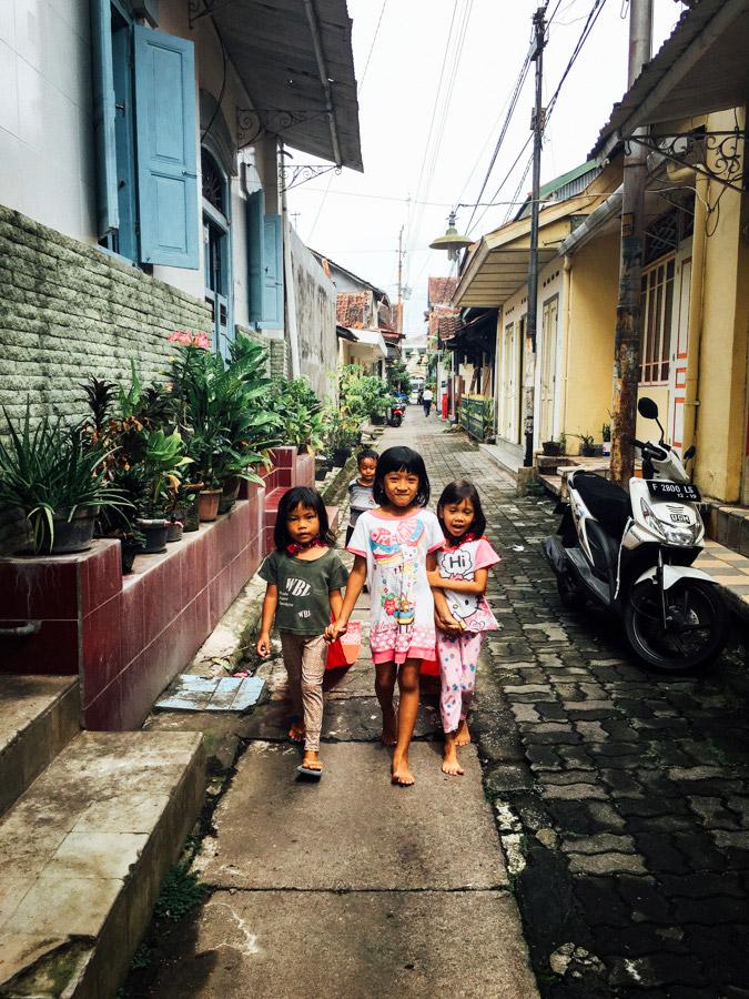 Madelene-Farin-Indonesia-0609.jpg