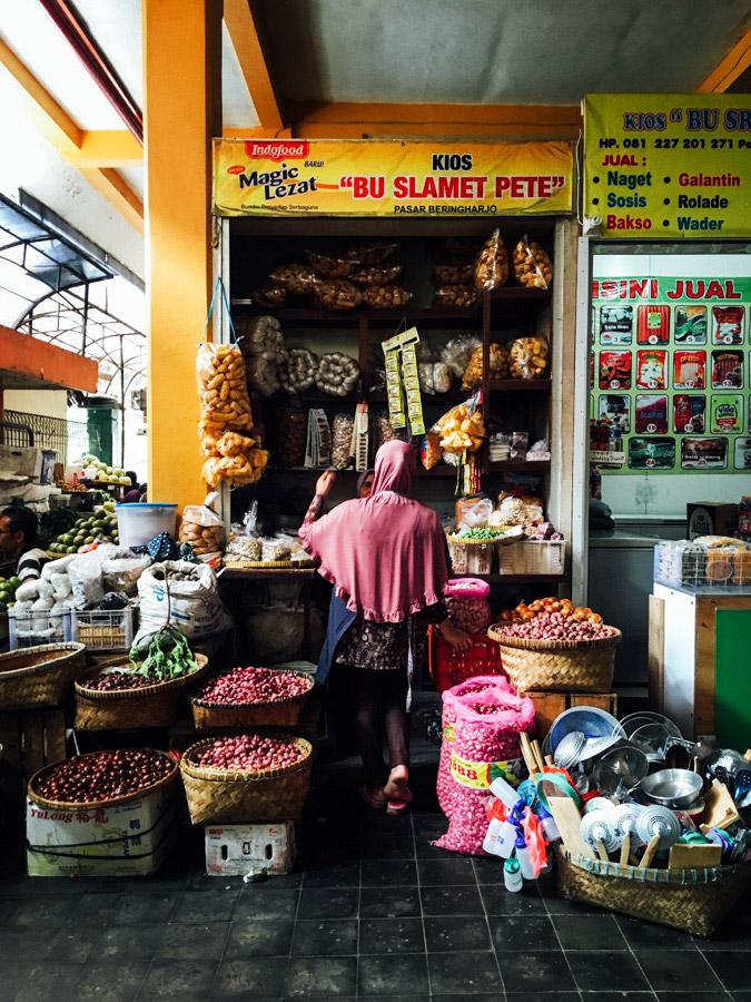 Madelene-Farin-Indonesia-0612.jpg