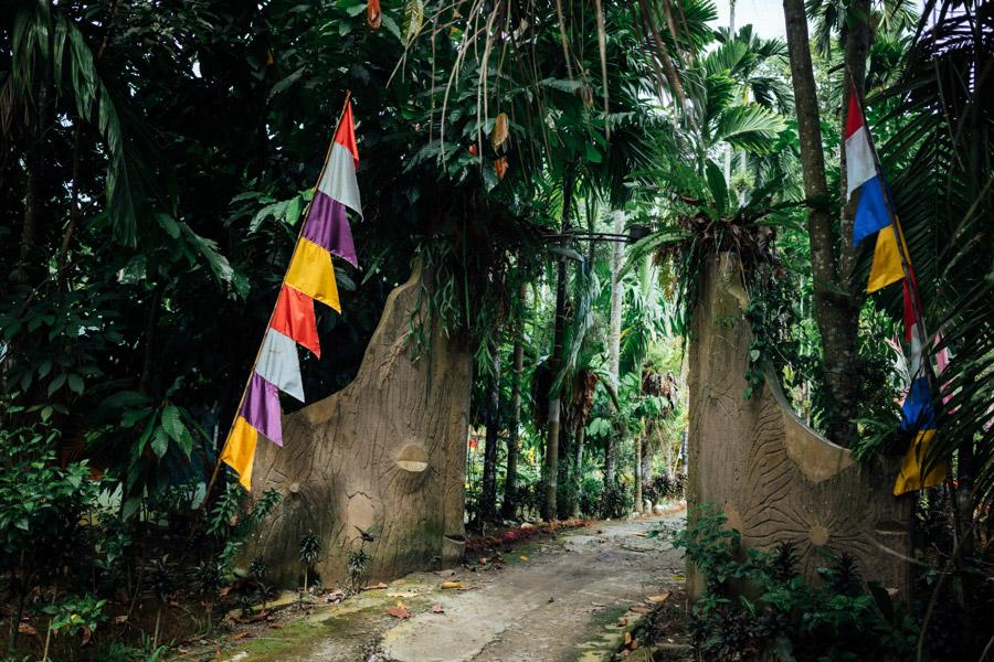 Madelene-Farin-Indonesia-0709.jpg