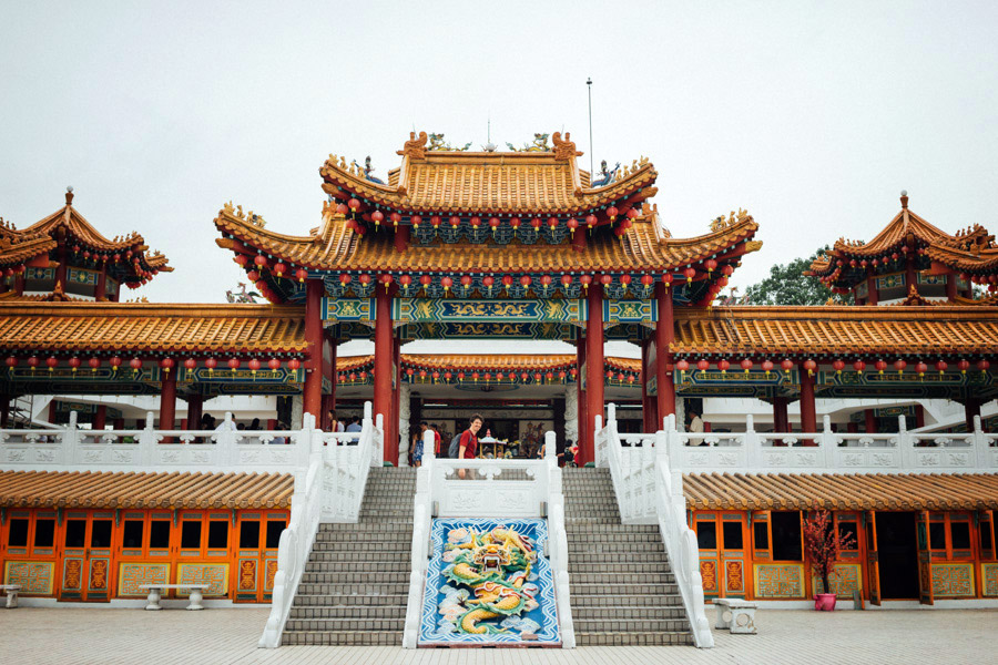 Atop a hill overlooking the southwest part of KL, is the Thean Hou Temple, a place dedicated to The Heavenly Mother, Tian Hou.