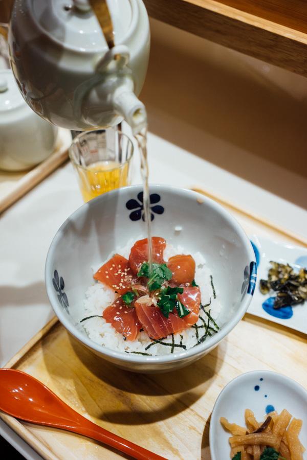 A delicious tuna dashi bowl.