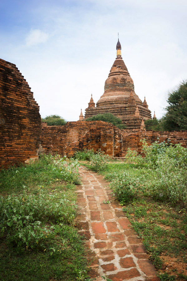 All paths lead to a stupa.