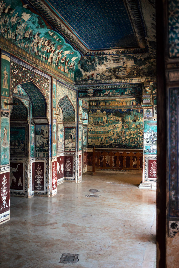 Above Bundi's city palace is Chitra Sala, which houses some of the most amazing miniature murals we've ever seen, each turquoise and gold panel sharing detailed stories and fables from the past.