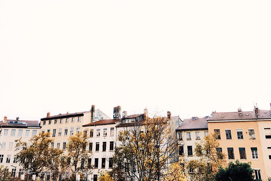 Subtle fall tones in Croix-Rousse,Vieux Lyon.