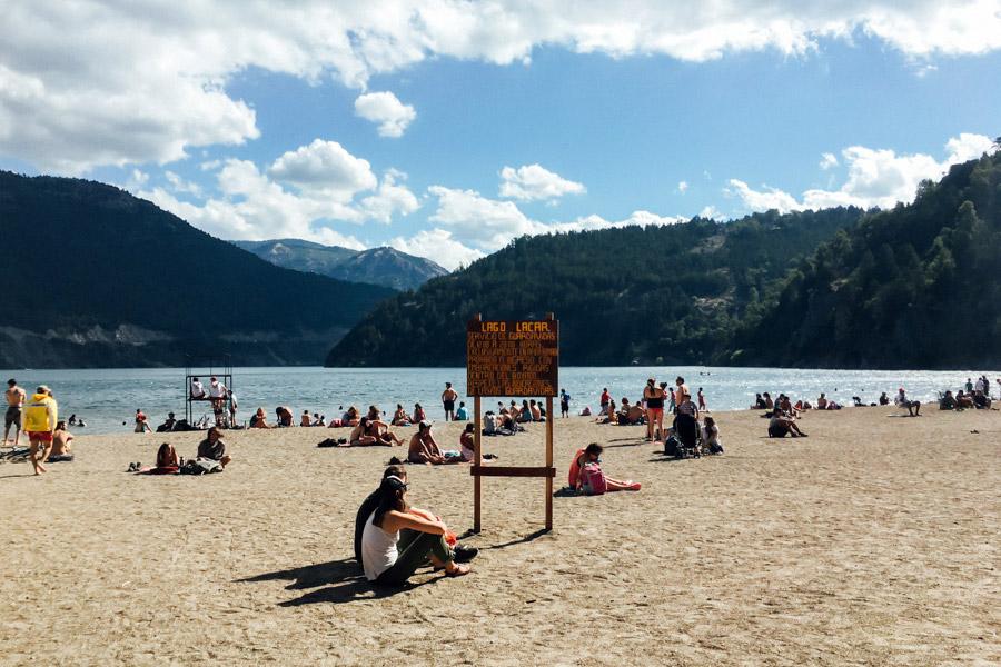 Summer sun on the lake in San Martín de los Andes.