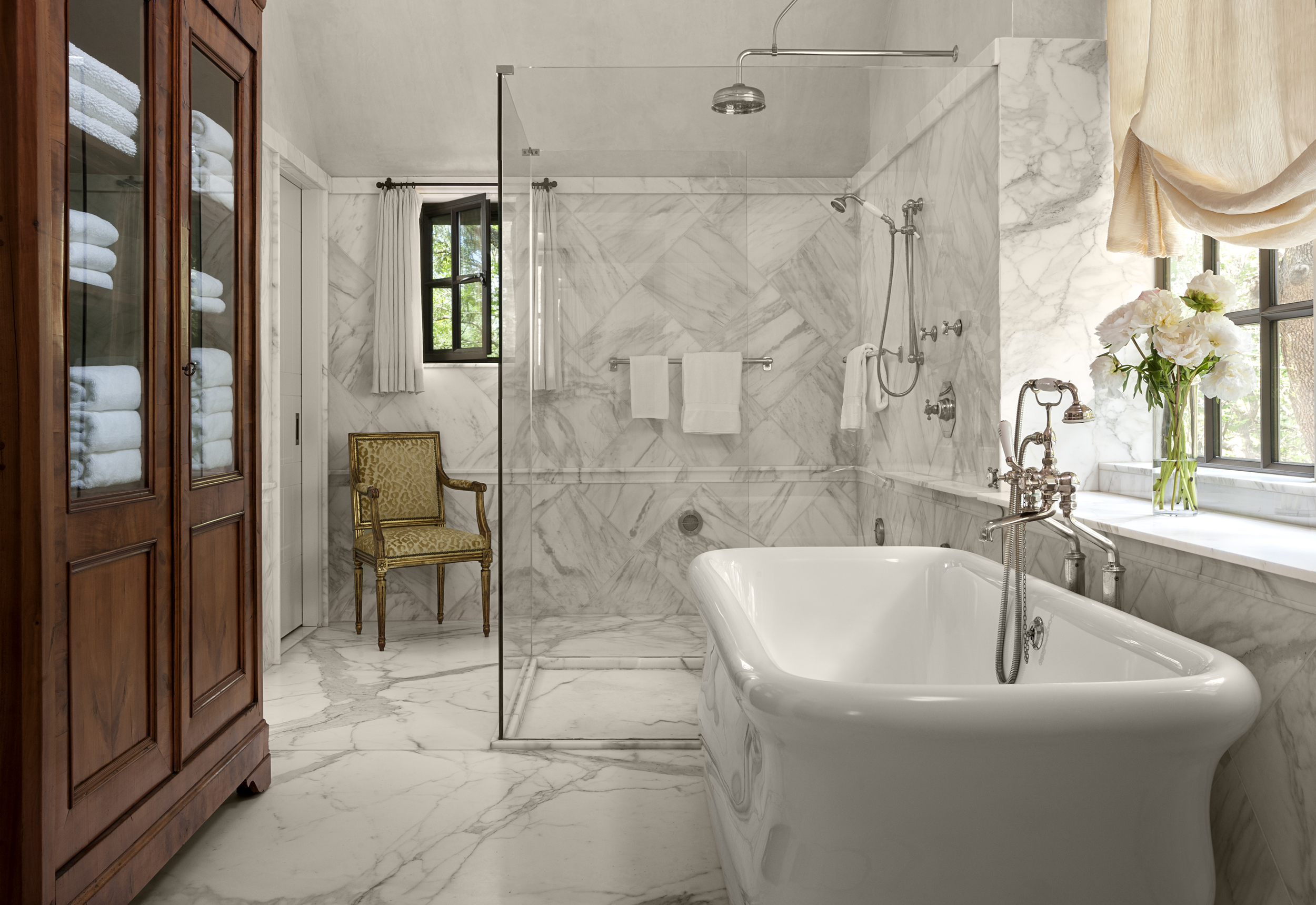 master bathroom_8130.jpg
