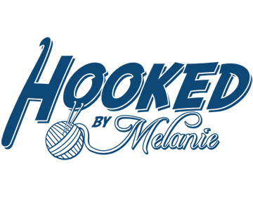 hooked by melanie - blueclock dark blue 5x4.jpg