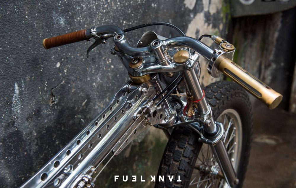 LE(Y)AK: Kedux Garage Honda Supra — Fuel Tank