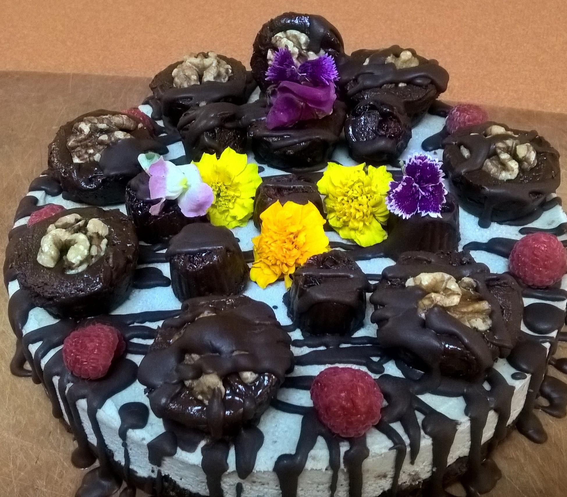 raouls cake (2).JPG