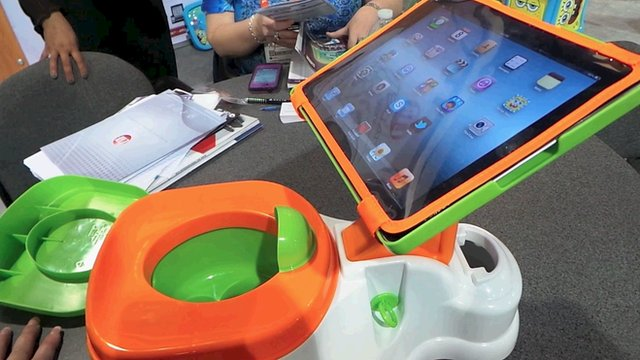Foto: Ipad Potty Cosumer Review