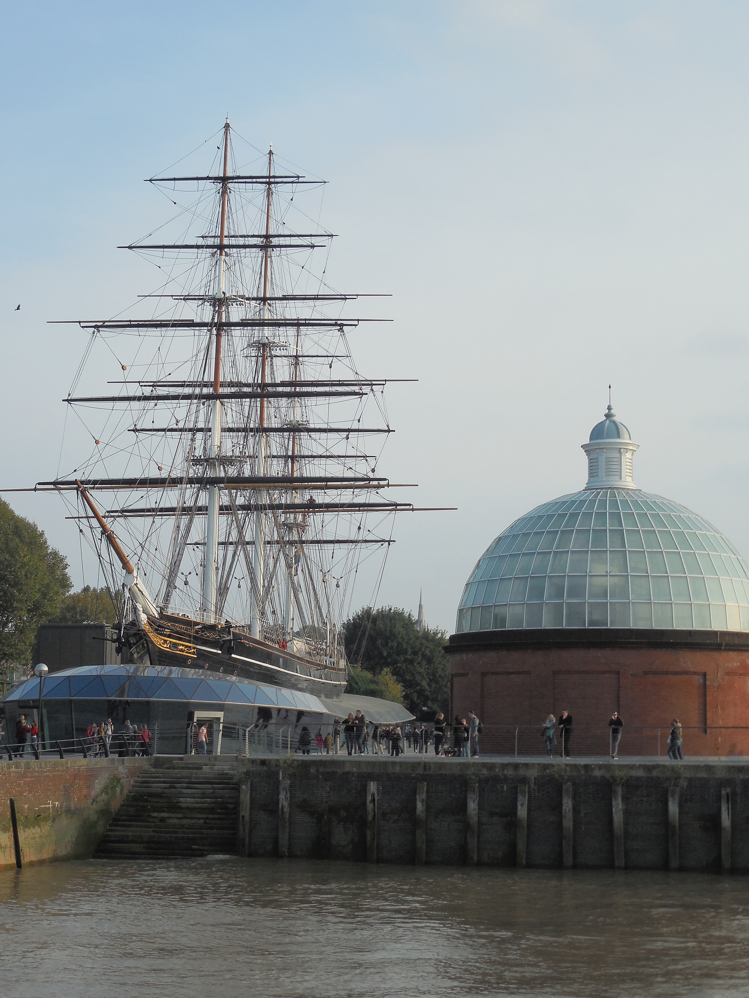 (Greenwich Pier: Cutty Sark, National Maritime Museum, Queen's House, Royal Naval College, Royal Observatory, Peter Harrison Planetarium, Greenwich Market)