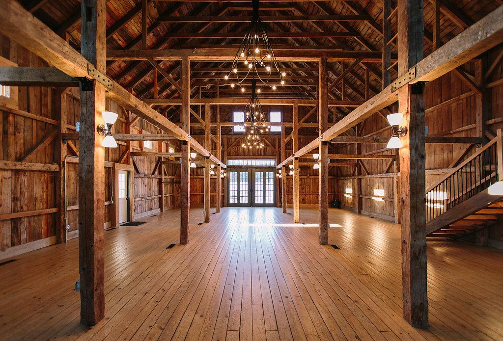 Maine Barn Wedding Venue - The Wedding Barns of Maine
