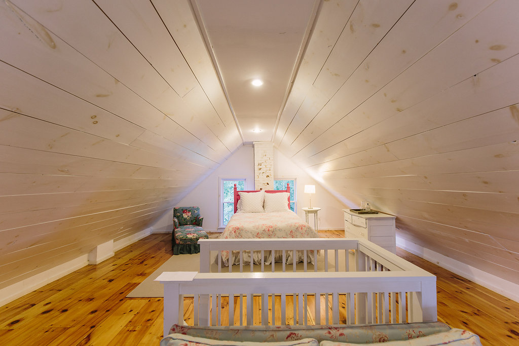 Rustic elegant Maine wedding barn venue: The Barn at Walnut Hill