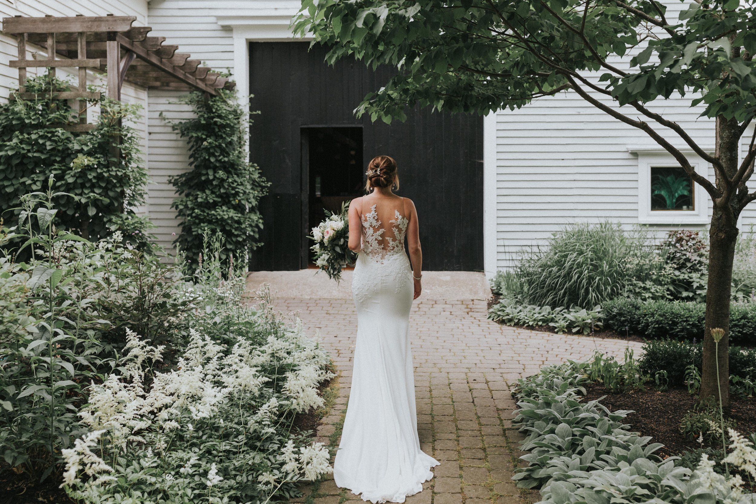 Barn_on_Walnut_Hill_Wedding_Molly_Cam_Getting_Ready-145.jpg