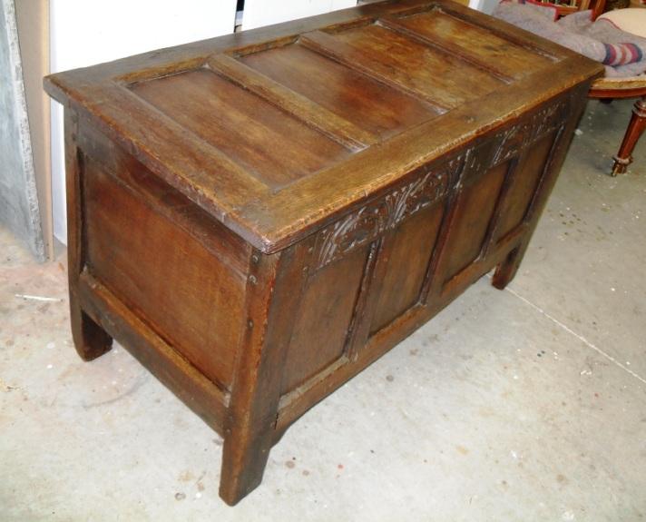 oak coffer 2.JPG