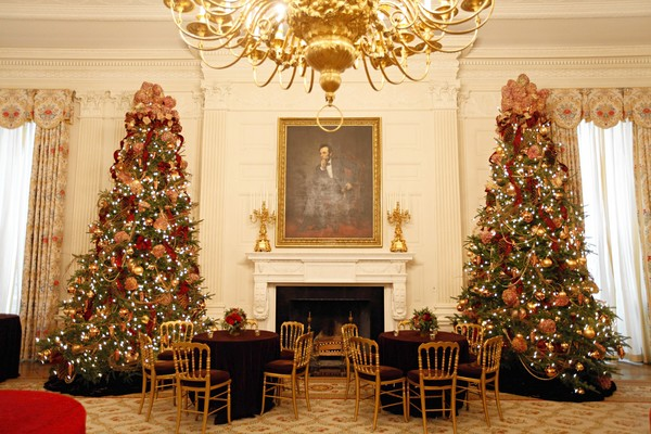 White House Christmas  In 2009, I had the privledge to design along with Simon Doonan, the first Christmas of the Obama Administration.
