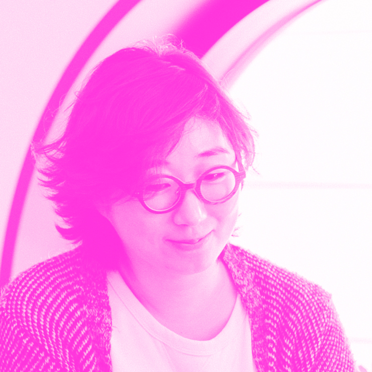 HAYOUN KWON Innerspace VR - Hayoun Kwon (KR), born in 1981, is a multimedia artist and cofounder of Innerspace VR. She graduated from the Fresnoy – Studio national des Arts contemporains and she lives and works in France and in Korea. Her film Lack of evidence (2011) and Village Model (2014) has been awarded several times and shown at a number of film festivals. The reflection on identity and borders is central to her previous works. She has focused more specifically on the construction of historical and individual memory and their ambivalent relationship to reality and fiction.