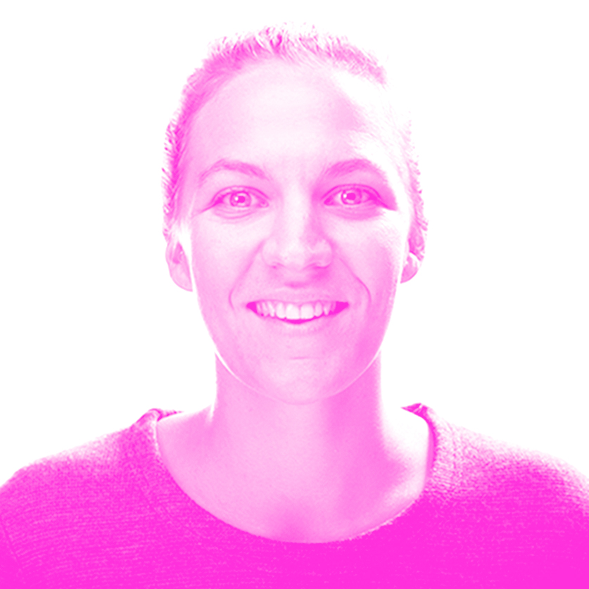 SALLY REYNOLDS The Mill - Sally Reynolds is a Designer at global creative technology and VFX studio The Mill. As a multi-disciplinary artist with a rich design background, Sally's portfolio of work spans experiential, MR, AR and traditional linear projects. Some of her most notable creative highlights include designing interactive filters and graphics for Facebook's AR studio and Magic Leap's newly released spacial computing headset. Her love for science and figurative art influence her work to be thoughtful, emotive and weave in a purposeful intention wherever possible.