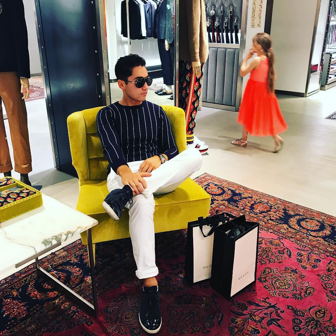 - Gant SweaterRalph Lauren PantsGiorgio Armani SneakersTom Ford SunglassesLocation: Milan, Italy