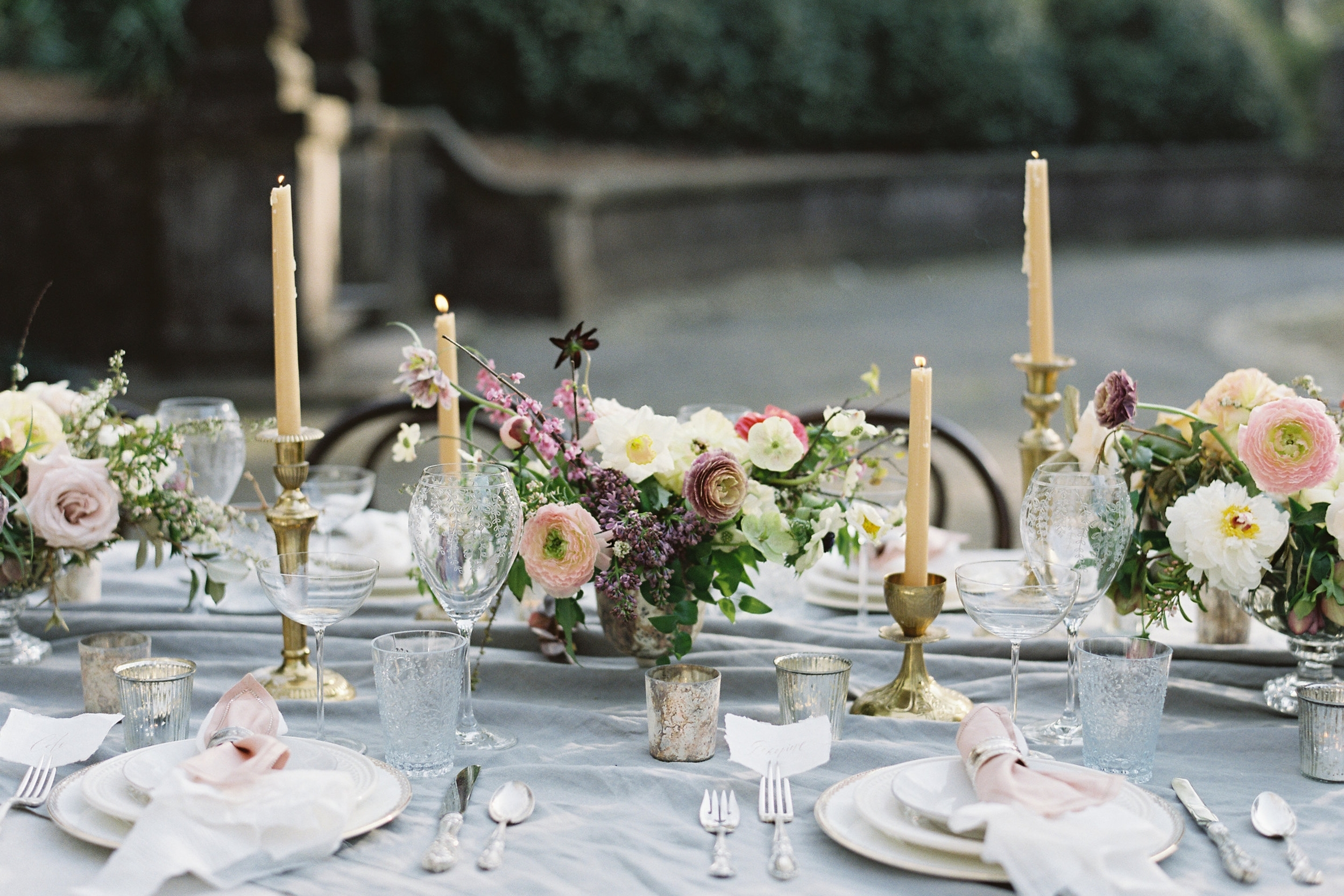 Tabletop & gatherings - Setting tables and designing gatherings for weddings, grand and petite, intimate dinner parties, and casual affairs.