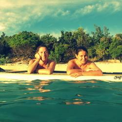 Paddle Girlfriends