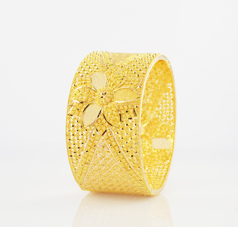 gold-kada-1.jpg