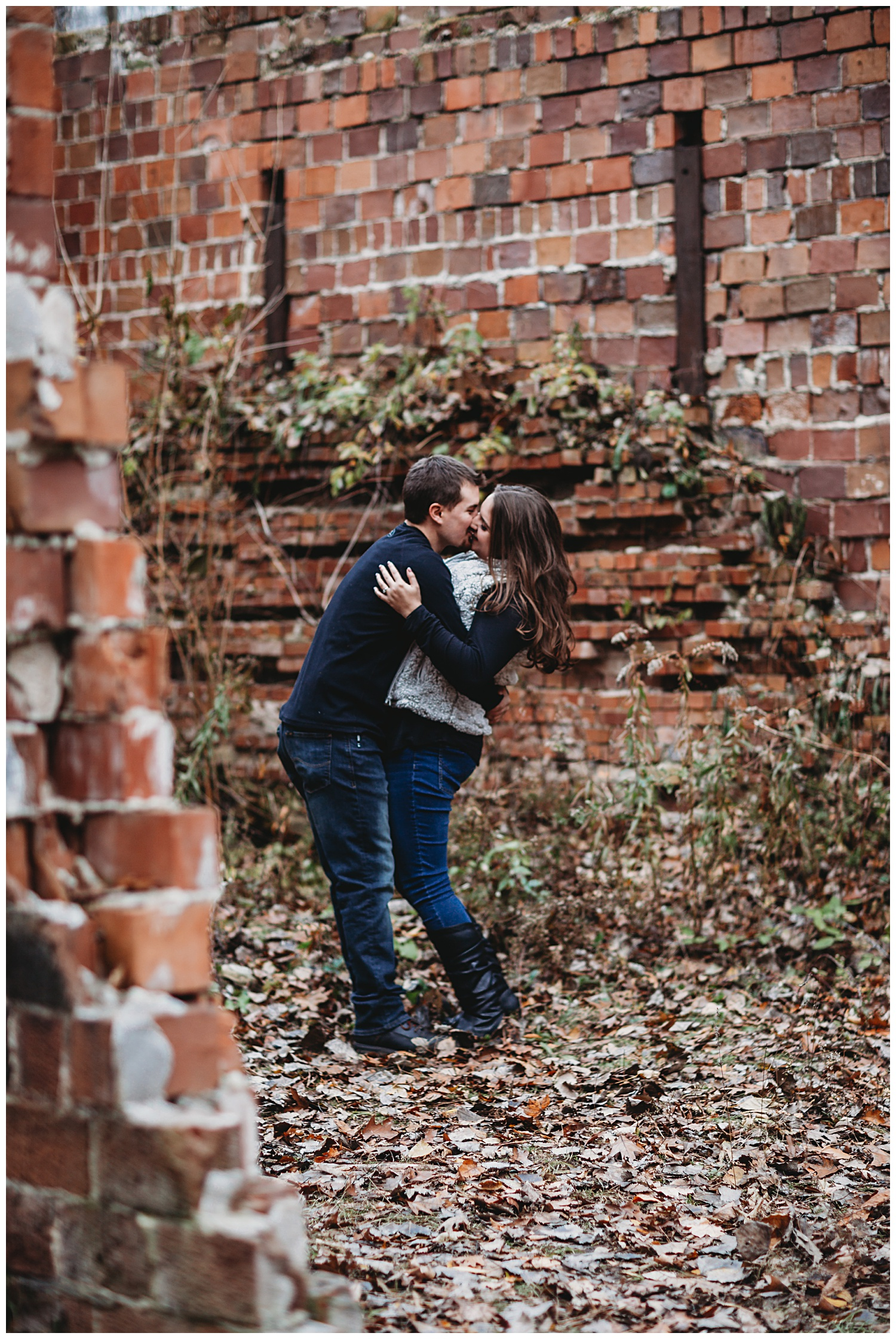 Belle Isle Park Detroit Michigan Engagement Photos_1093.jpg