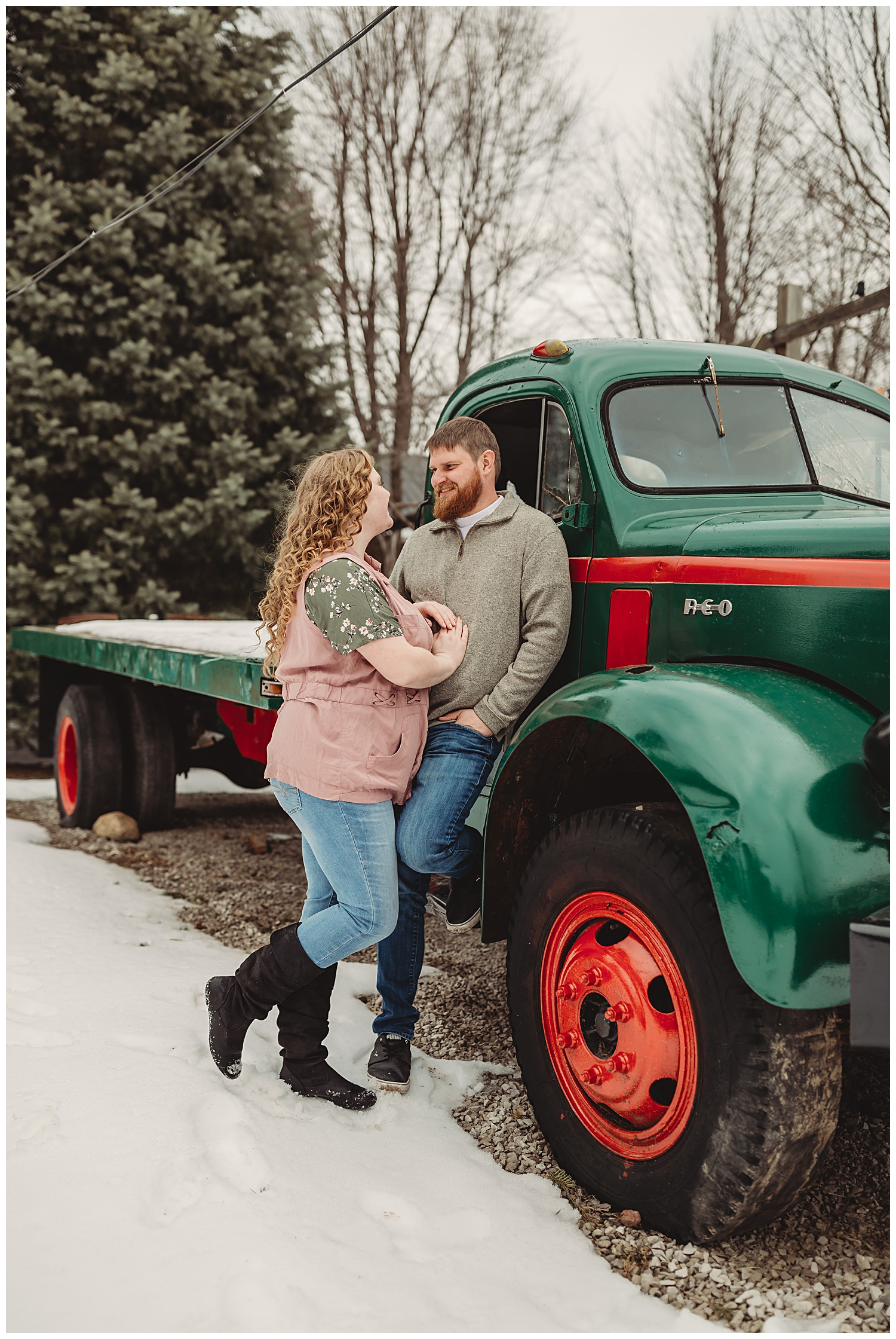 Peacock Road Family Farm Laingsburg MIchigan Winter Engagement Session_1337.jpg