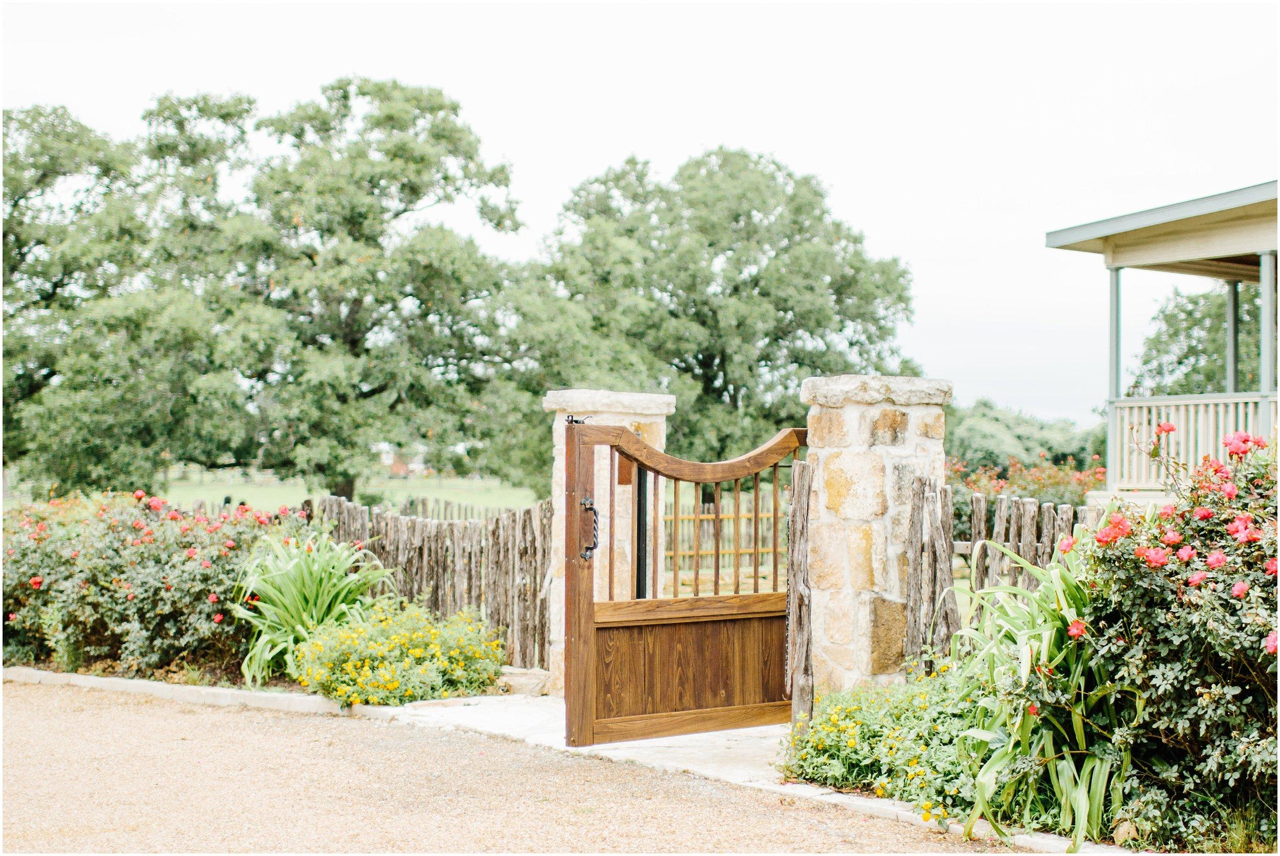 blush_rock_lake_ranch_spring_college_station_wedding_0224.jpg
