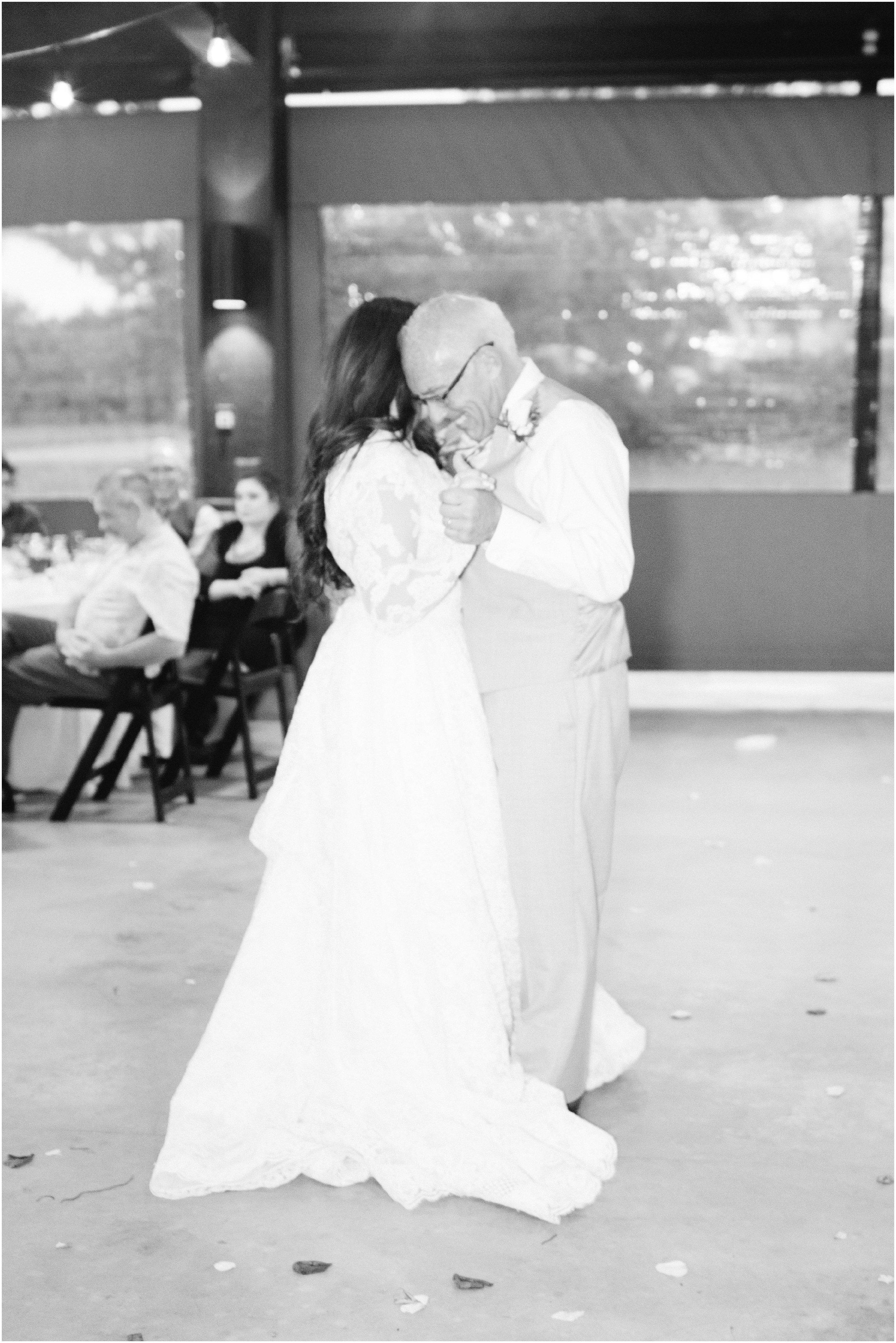 blush_rock_lake_ranch_spring_college_station_wedding_0286.jpg