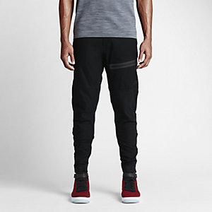 Nike Bonded Pant $125