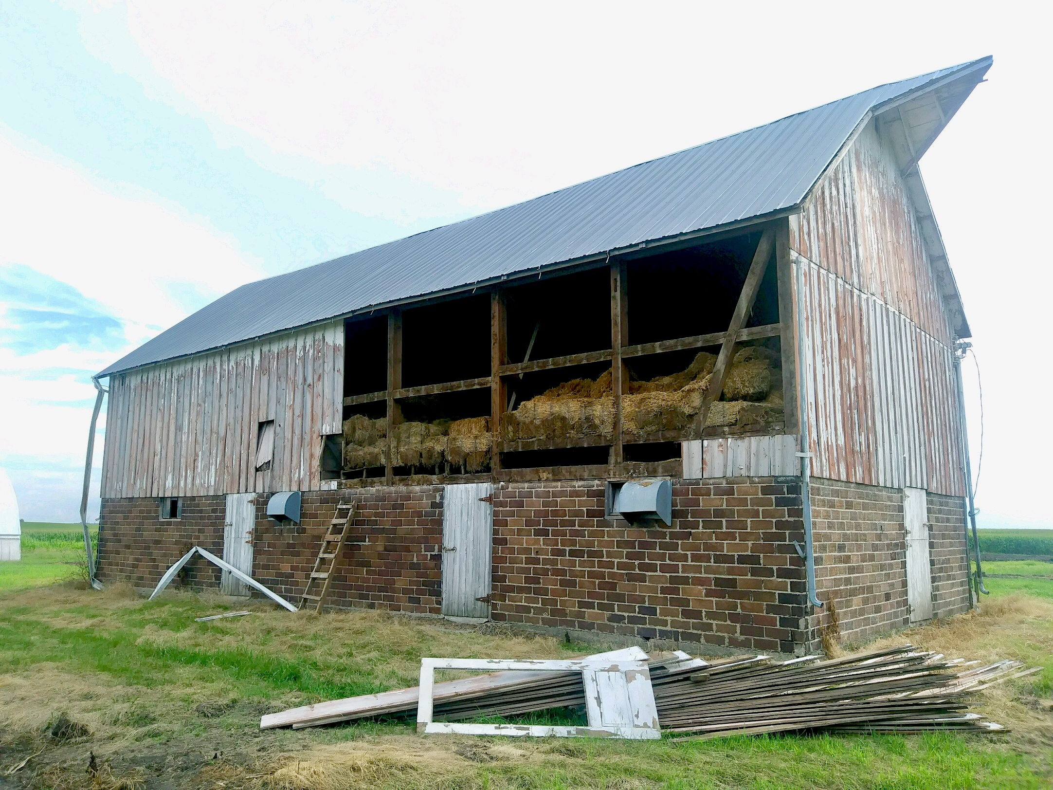 Medicine Creek Farm - historic barn preservation.jpg