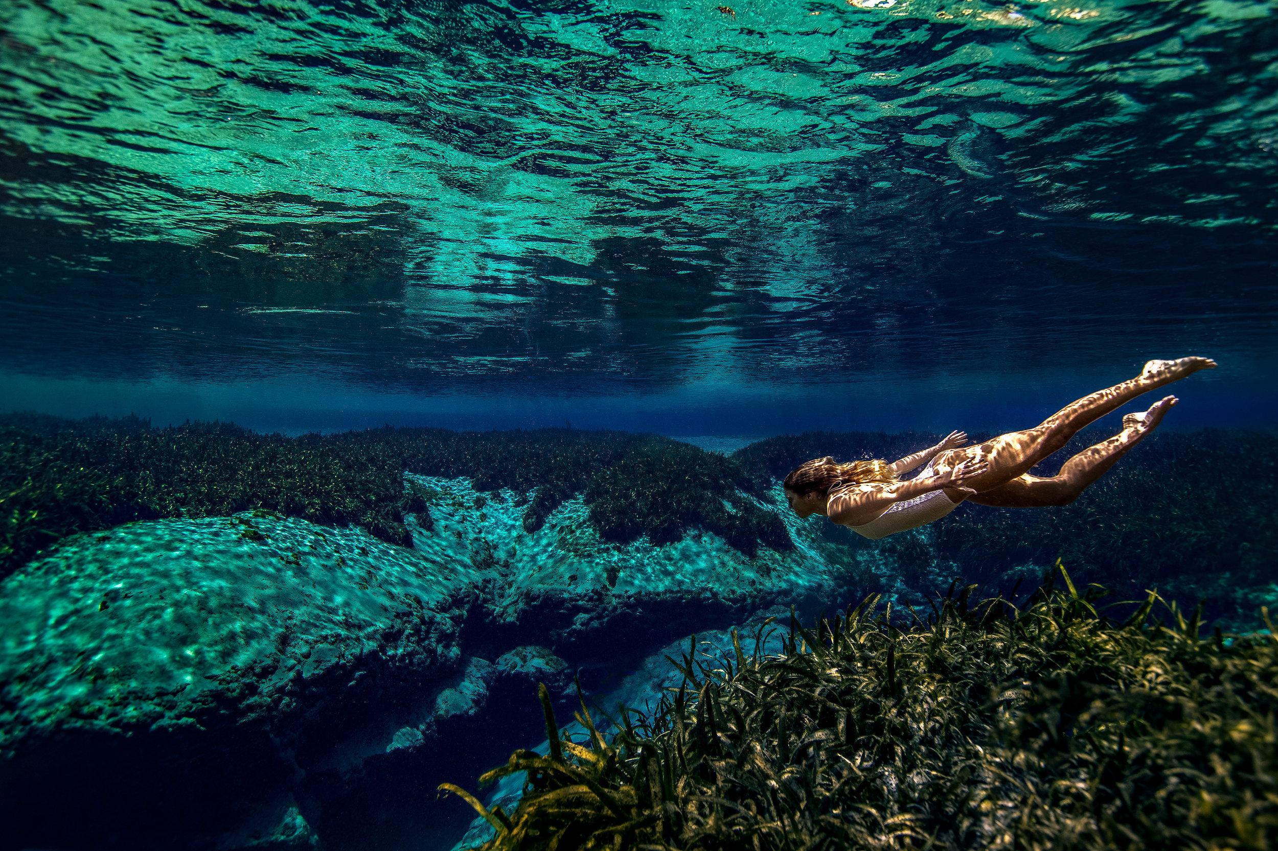 under-water-swim-photo