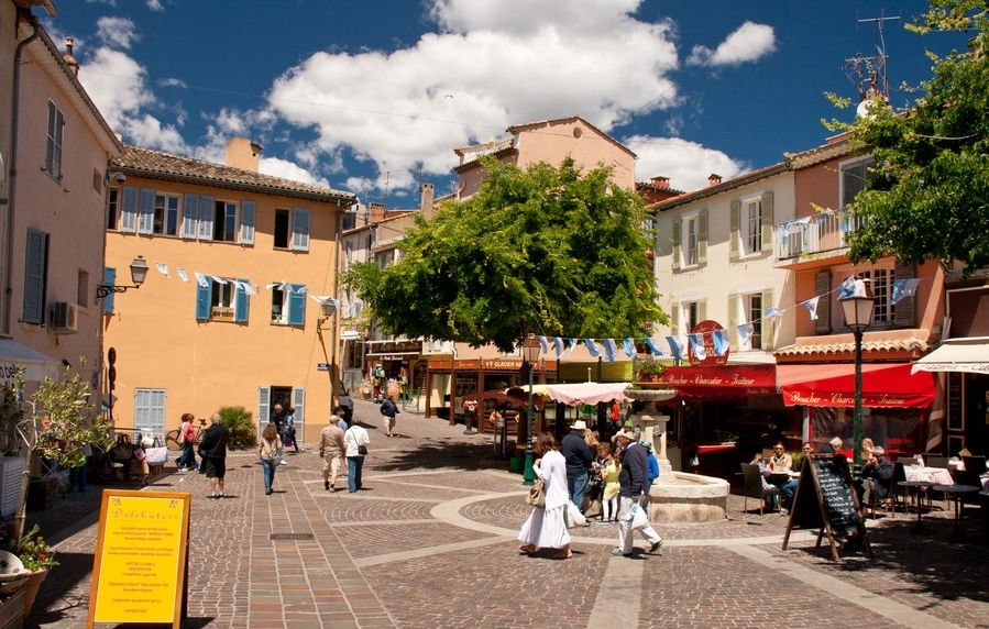 sainte-maxime-platz-altstadt-IMG_6449-provence.jpg