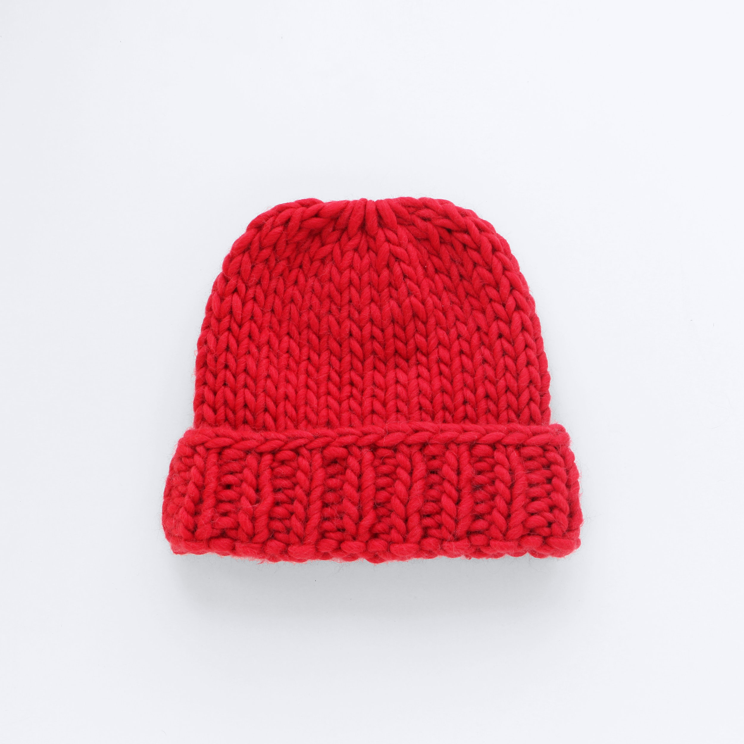 MAKE IT BIG BEANIE - Red Heart