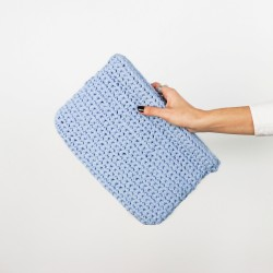 Rosella Clutch Crochet Débutant The Tape