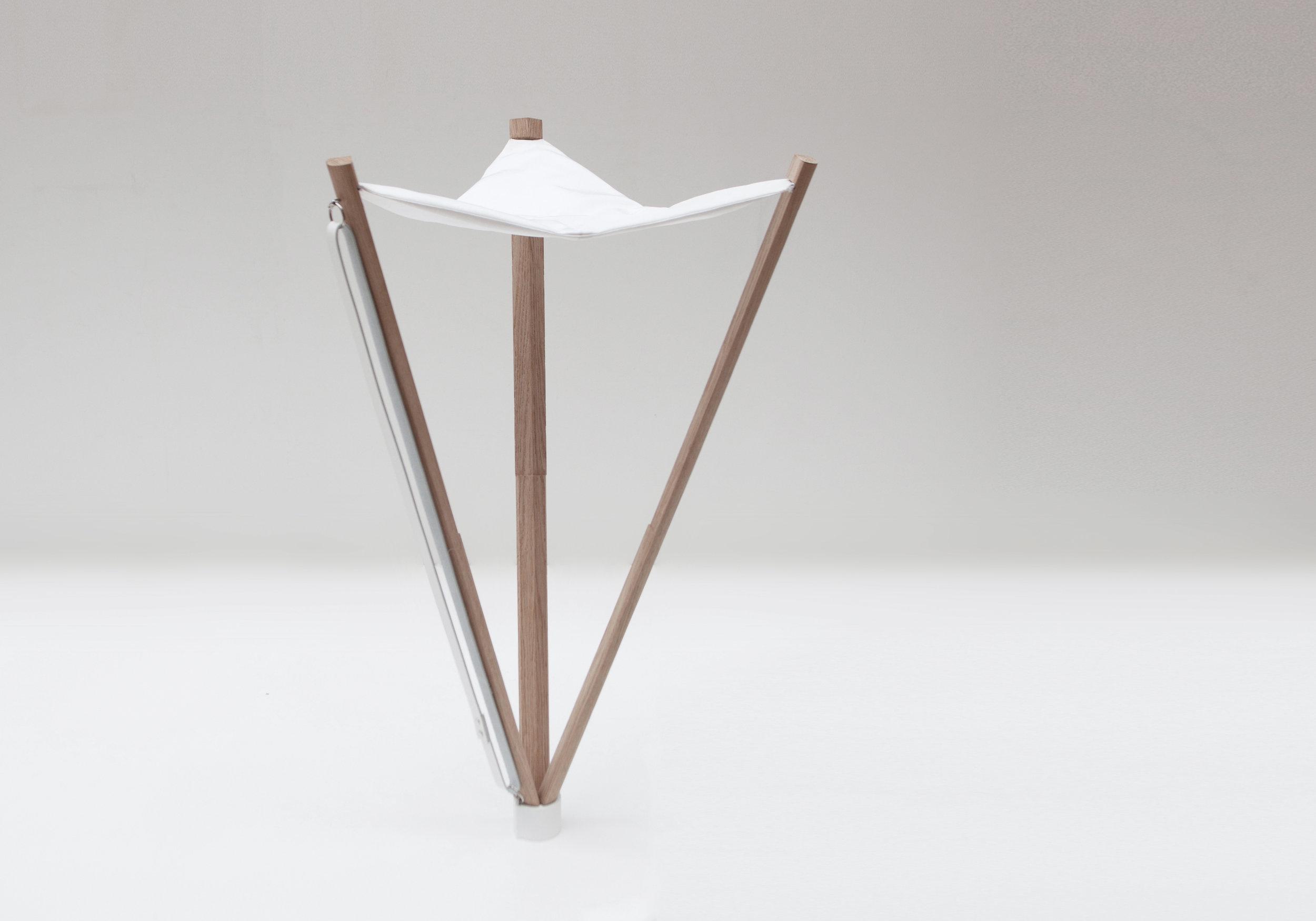 AROUND STOOL   Furniture design
