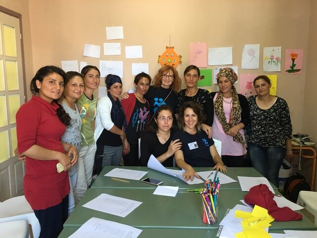 Art therapy with the Yazidi women in Petra camp