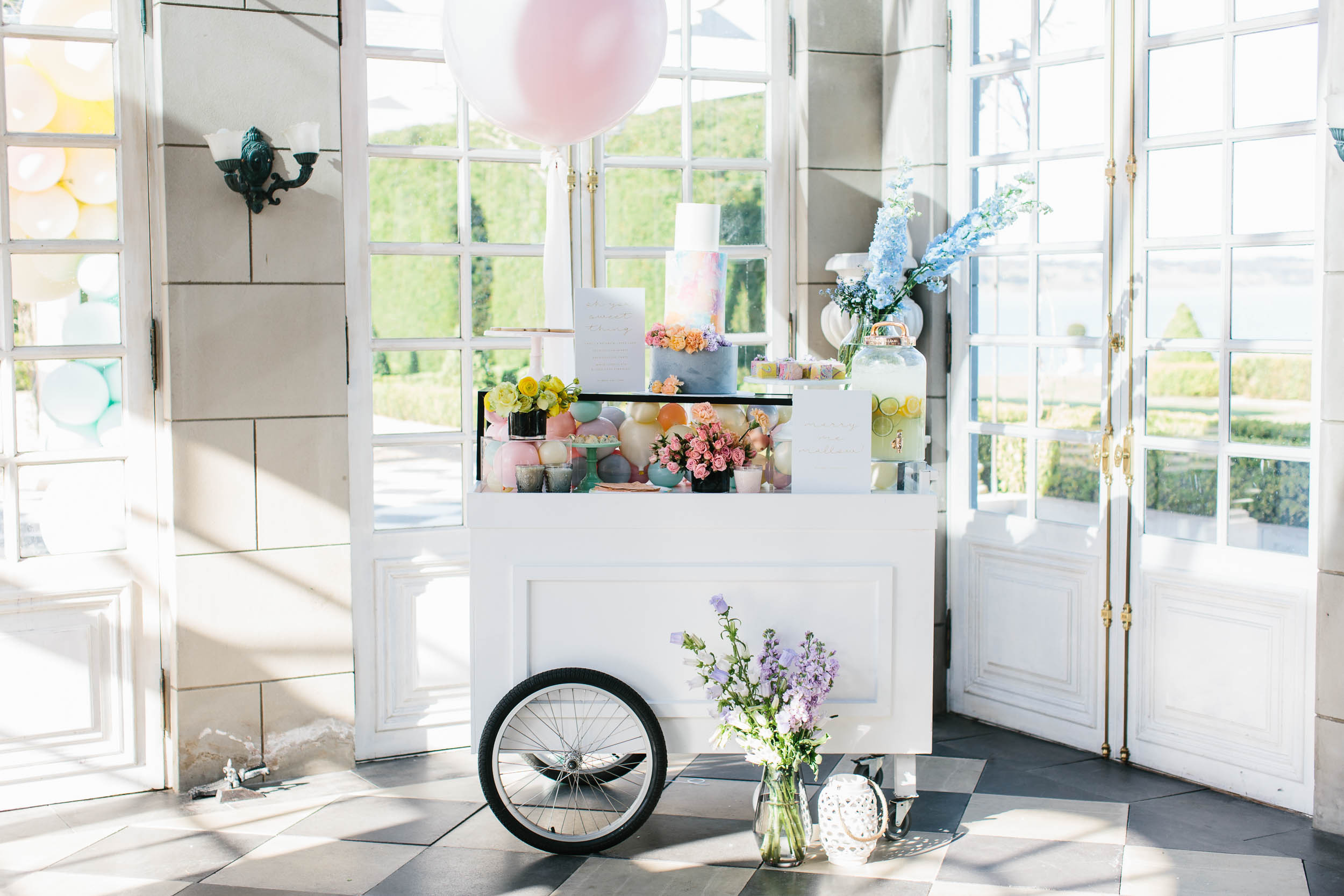 White Wedding Drink Cart | Wedding Photography by Kas Richards