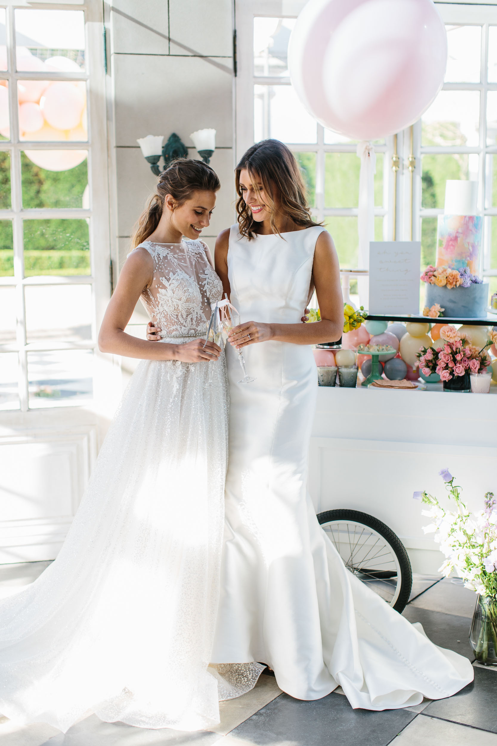 Luxe Wedding Drink Cart | Wedding Photography by Kas Richards