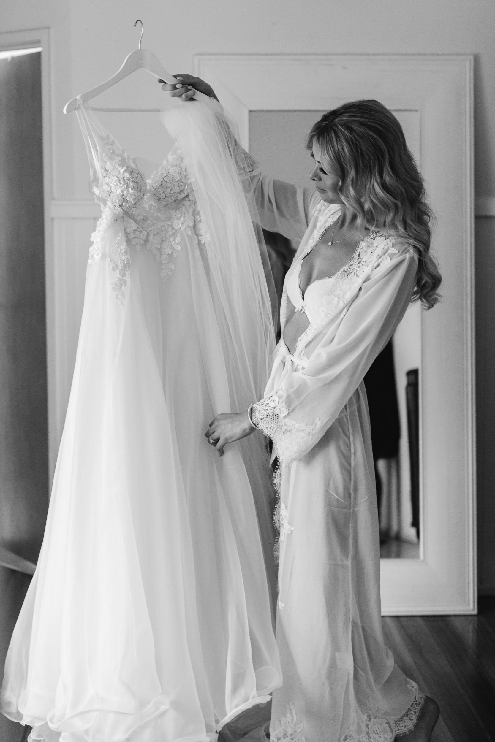 Kas-Richards-Mornington-Peninsula-Private-Property-Wedding-Marianna-Hardwick-Gown-71.jpg